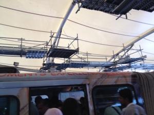 Kerja-kerja pembaikan sedang dilaksanakan di salah sebuah stesyen Monorail di Kuala Lumpur