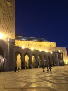 Masjid Hassan II - pemandangan diwaktu malam