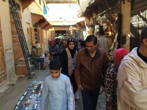 Pasar di Kota Lama Fez, sama seperti kira-kira 1000 tahun dahulu