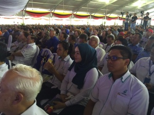 Sebahagian daripada ribuan pengunjung yang hadir